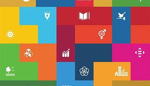 sfondo colorato con vari simboli della ricerca scientifica