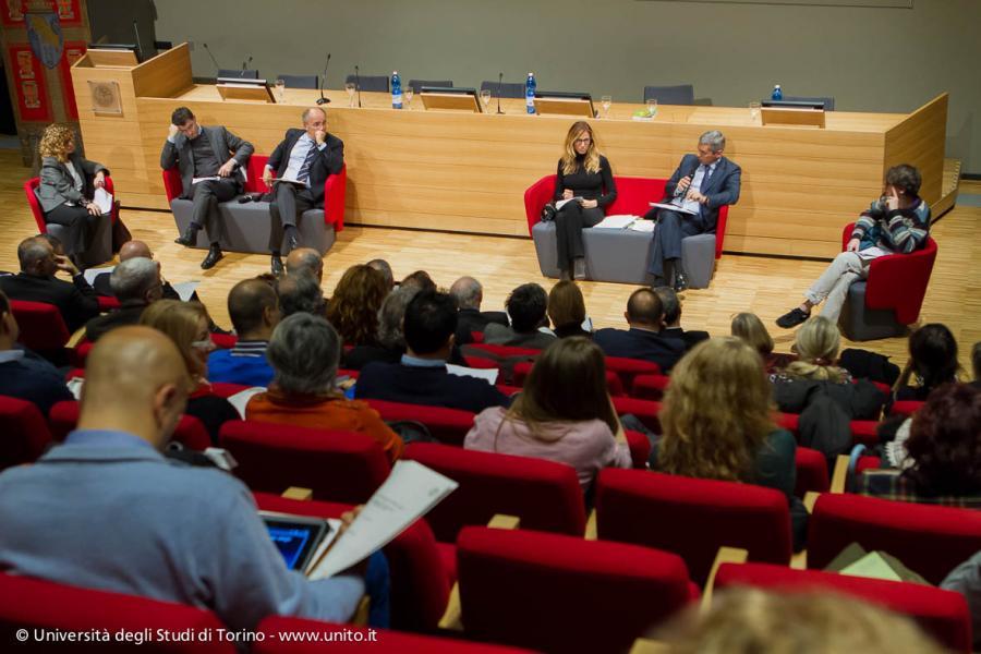 Il pubblico segue seminario Semplificazione: scelta necessaria per l'Università pubblica