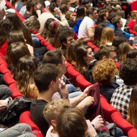 Pubblico in Aula Magna durante la Biennale Democrazia 2017