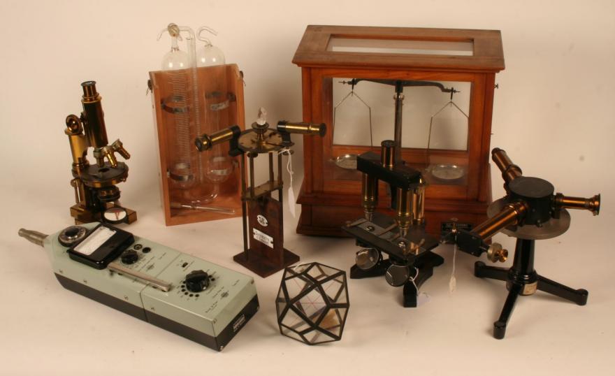 Archivio Scientifico e Tecnologico - ASTUT