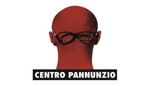 Logo del Centro Pannunzio: una testa rossa vista da dietro con gli occhiali