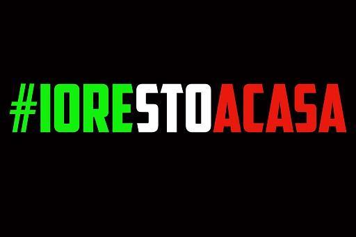 scritta tricolore #iorestoacasa